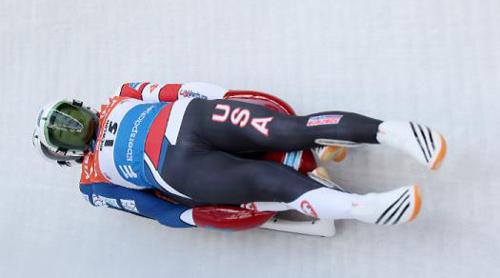 雪橇——躺着滑行的快感