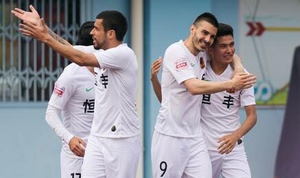 贵州客场2-1四川FC